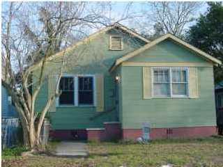 1911 N Orvid Street North Charleston, SC 29405