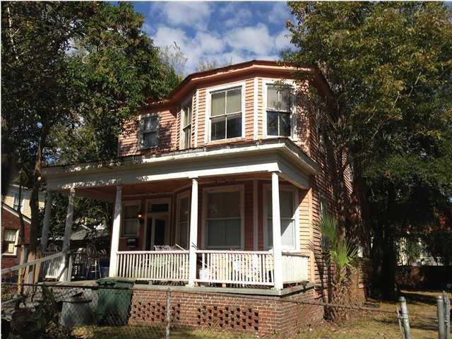 10 Kenilworth Avenue Charleston, SC 29403