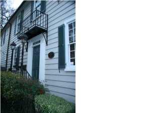54 Queen Street, Charleston, SC 29401