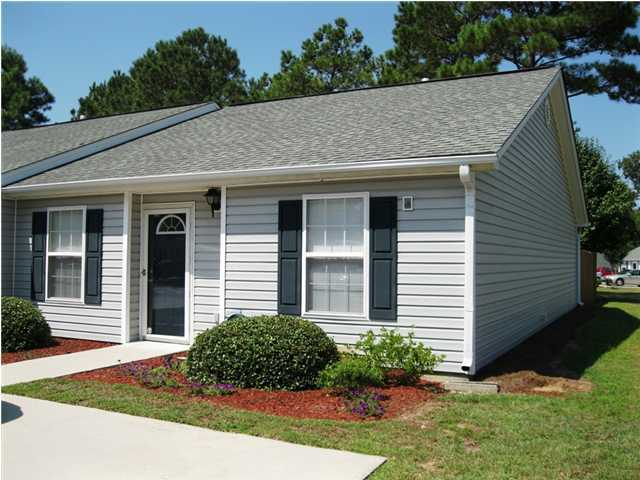 1517 Blaze Lane Charleston, SC 29412
