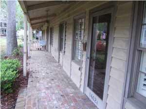 1462 Point Lane, Mount Pleasant, SC 29464