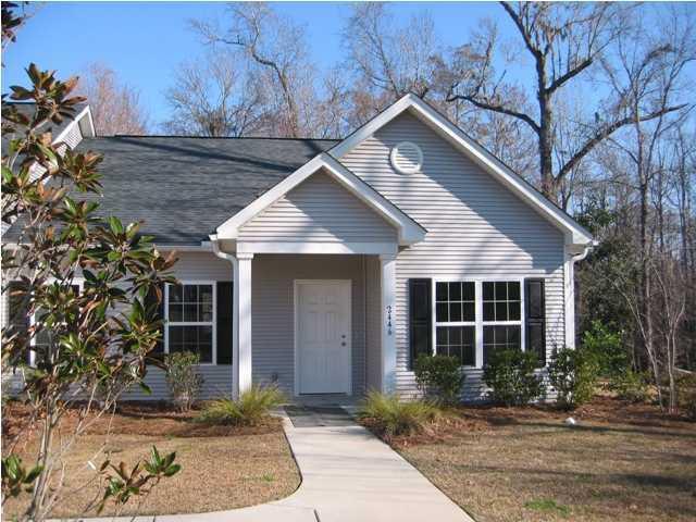 2446 Deer Ridge Lane North Charleston, SC 29406