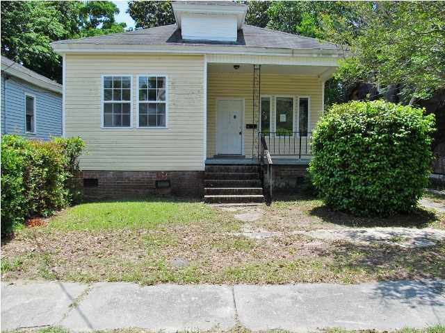 1811 Carlton Street North Charleston, SC 29405