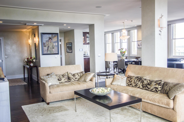 French Quarter Homes For Sale - 18 Broad, Charleston, SC - 3