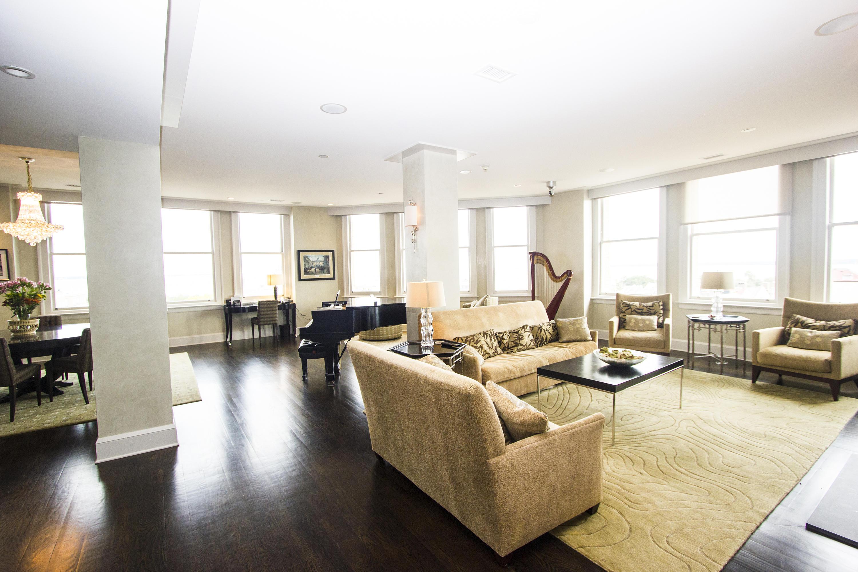 French Quarter Homes For Sale - 18 Broad, Charleston, SC - 29