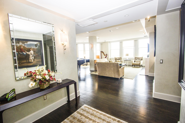 French Quarter Homes For Sale - 18 Broad, Charleston, SC - 34