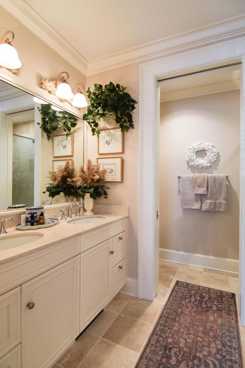 French Quarter Homes For Sale - 1 Vendue Range, Charleston, SC - 11