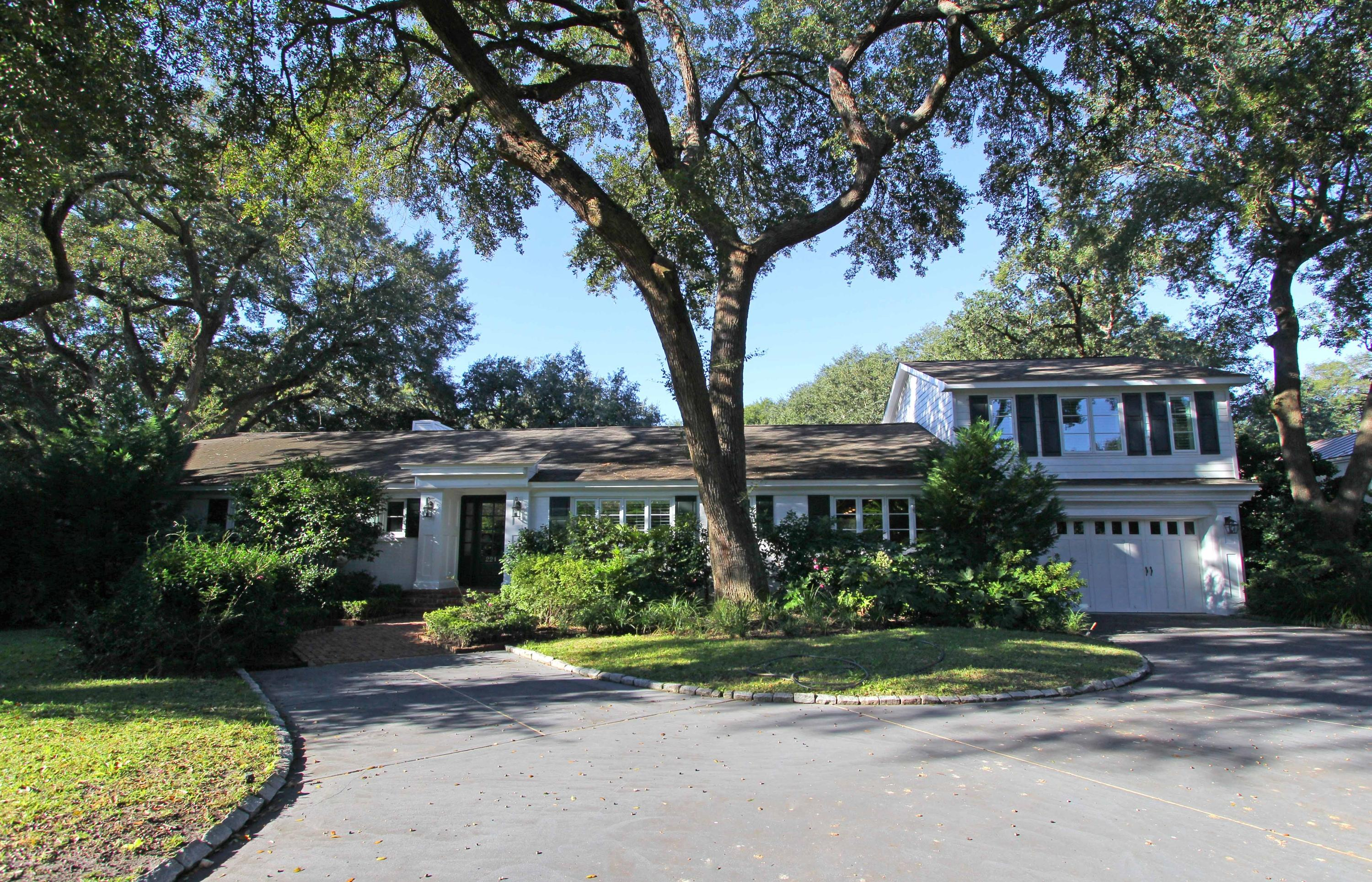 221 Country Club Lane Charleston, SC 29412
