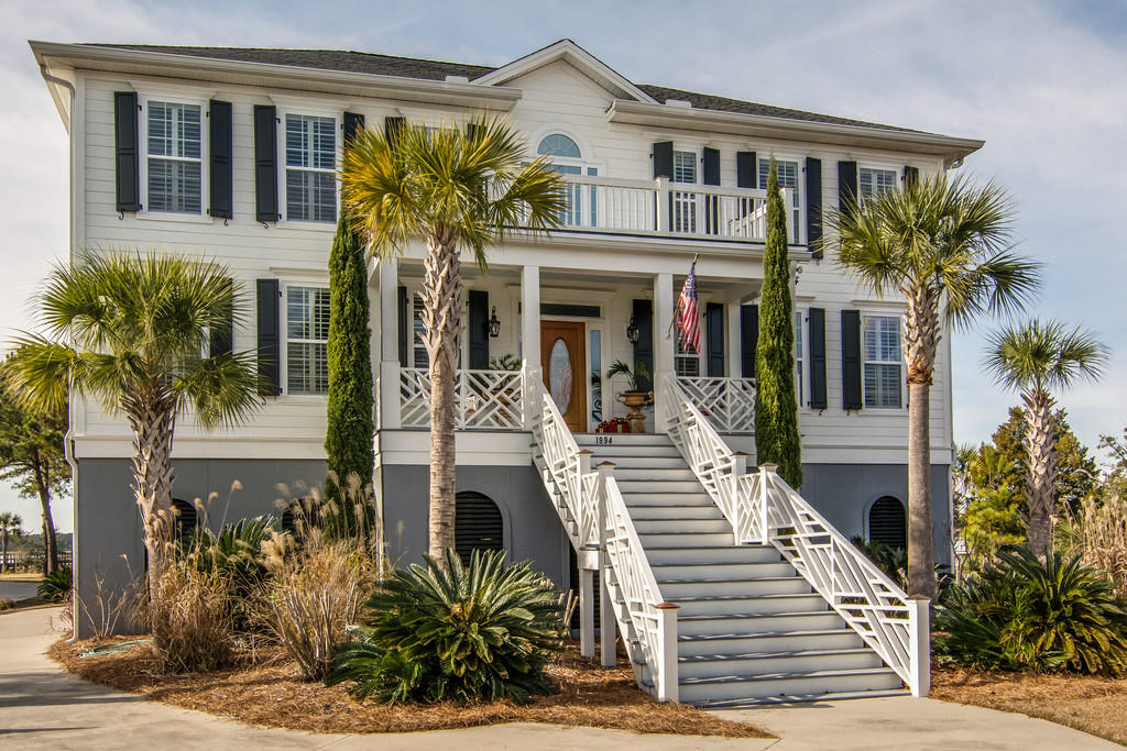 1994 Sandy Point Lane Mount Pleasant, SC 29466