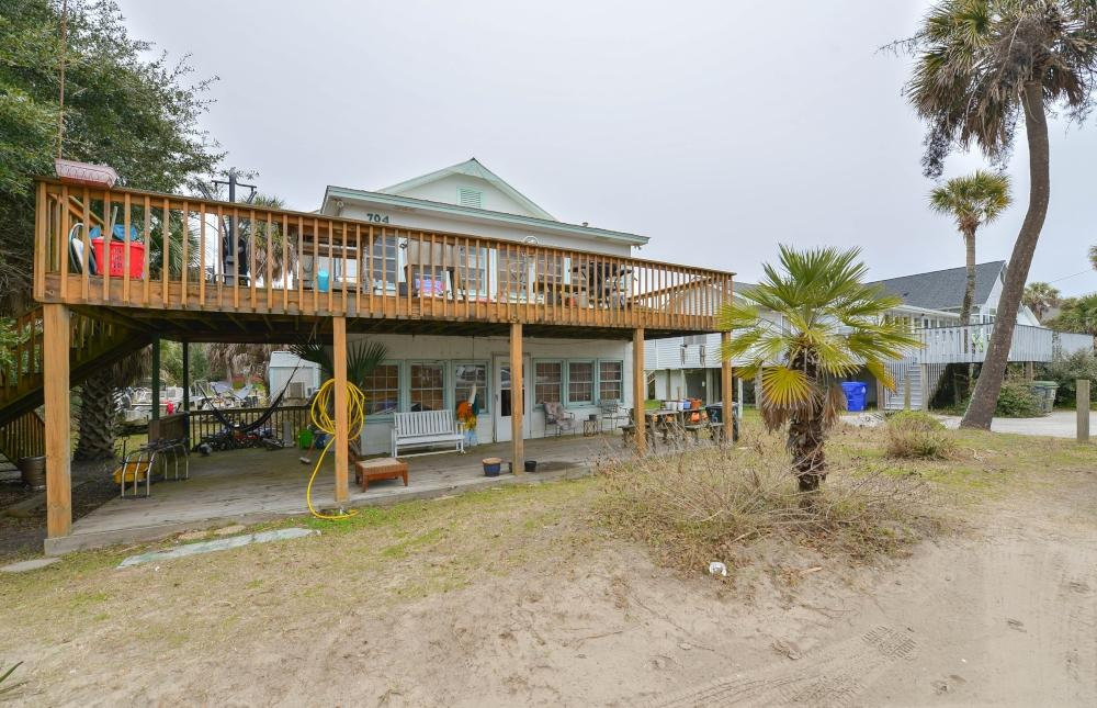 704 E Arctic Avenue Folly Beach, SC 29439