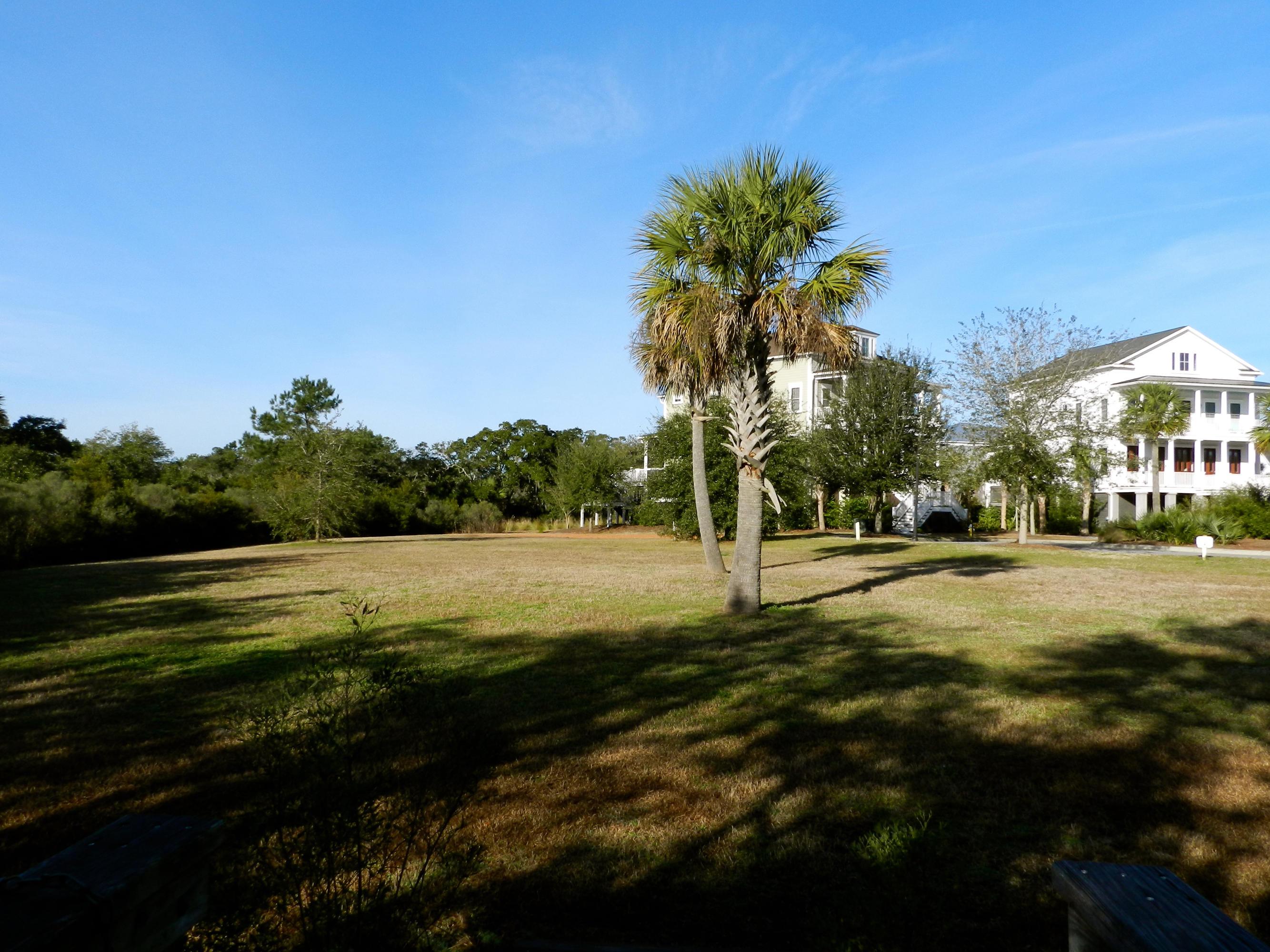 1444 Smythe Street Charleston, SC 29492