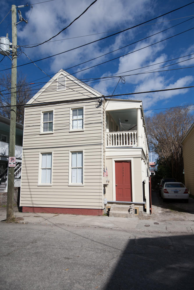 256 Saint Philip Street Charleston, SC 29403