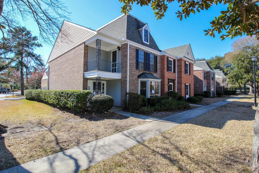 2934 Cathedral Lane Charleston, SC 29414