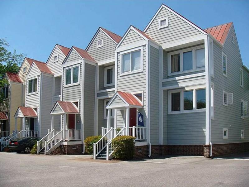 7 Aston Place Charleston, Sc 29401