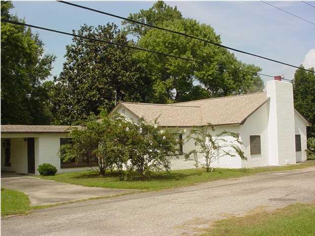 2164 N Highway 17A Bonneau, SC 29431