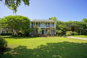 562 Hobcaw Bluff Drive, Mount Pleasant, SC 29464