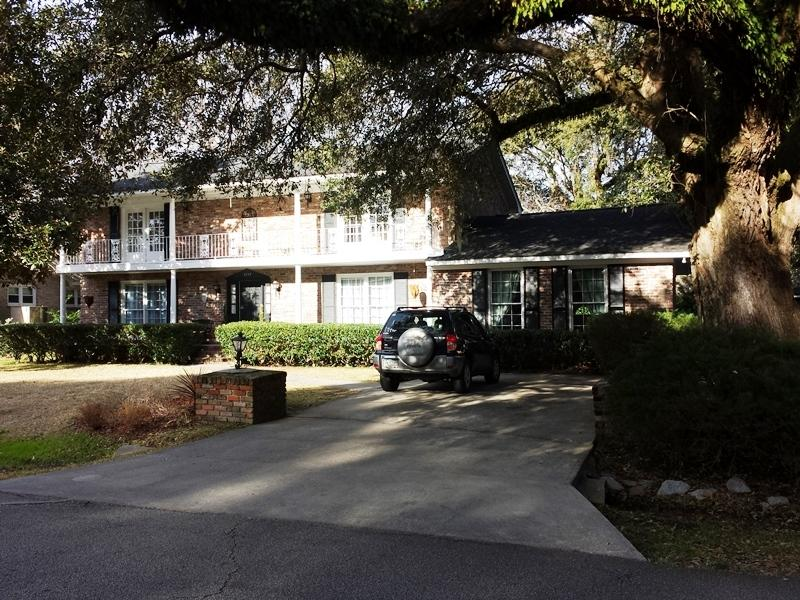2355 Erskine Avenue Charleston, SC 29414