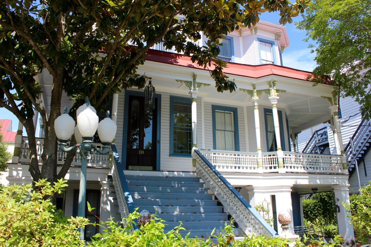 114 Rutledge Avenue Charleston, SC 29401