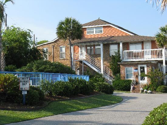 Ocean Inn Homes For Sale - 1100 Pavilion Dr, Isle of Palms, SC - 6