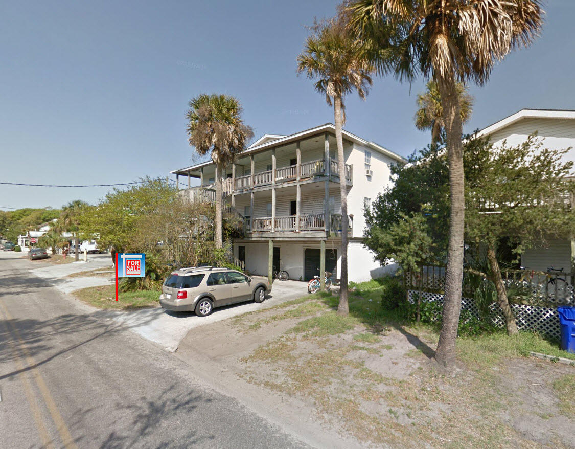 106 E Hudson Avenue Folly Beach, SC 29439
