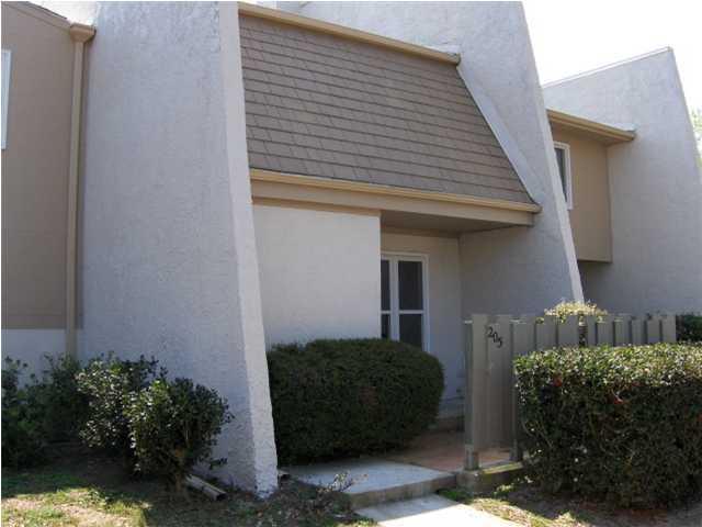 205 Ventura Place Mount Pleasant, Sc 29464