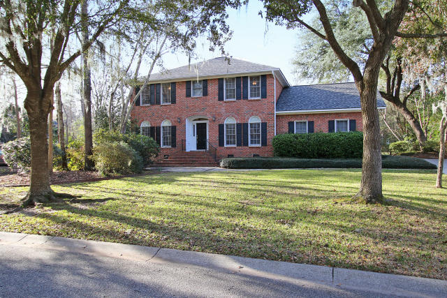 2331 Maclaura Hall Avenue Charleston, SC 29414