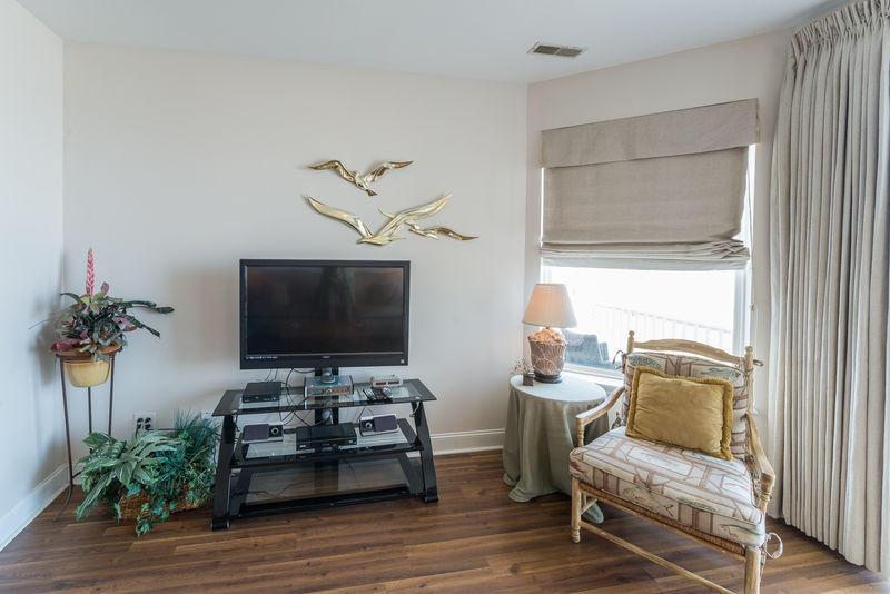 Seacoast Villas Homes For Sale - 216 Arctic, Folly Beach, SC - 12