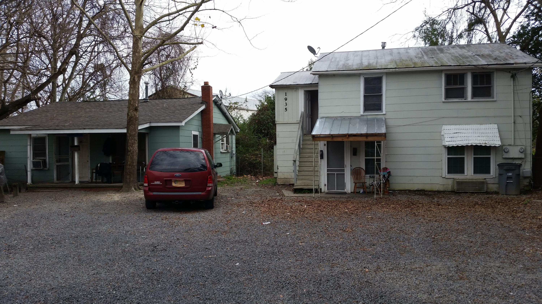 1935 Clement Avenue North Charleston, SC 29405