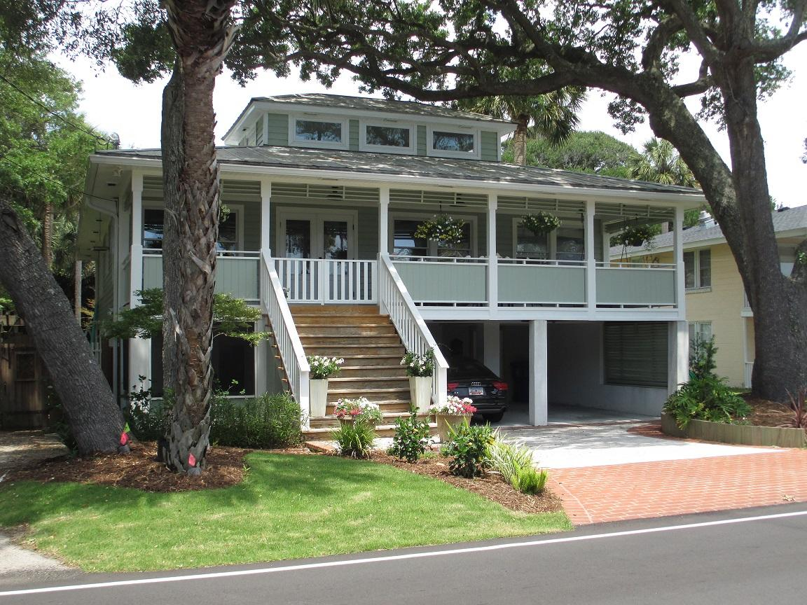 708 W Ashley Ave Folly Beach, SC 29439
