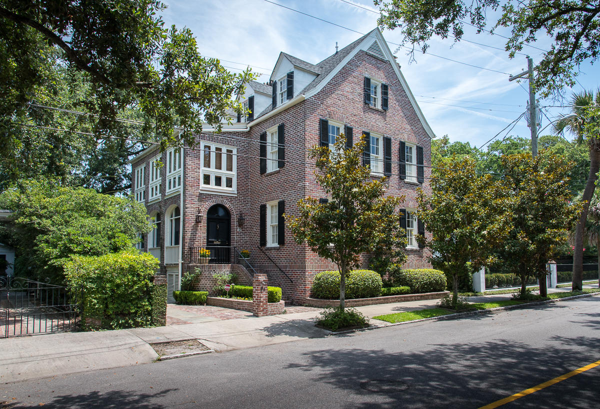 84 South Battery Street Charleston, SC 29401
