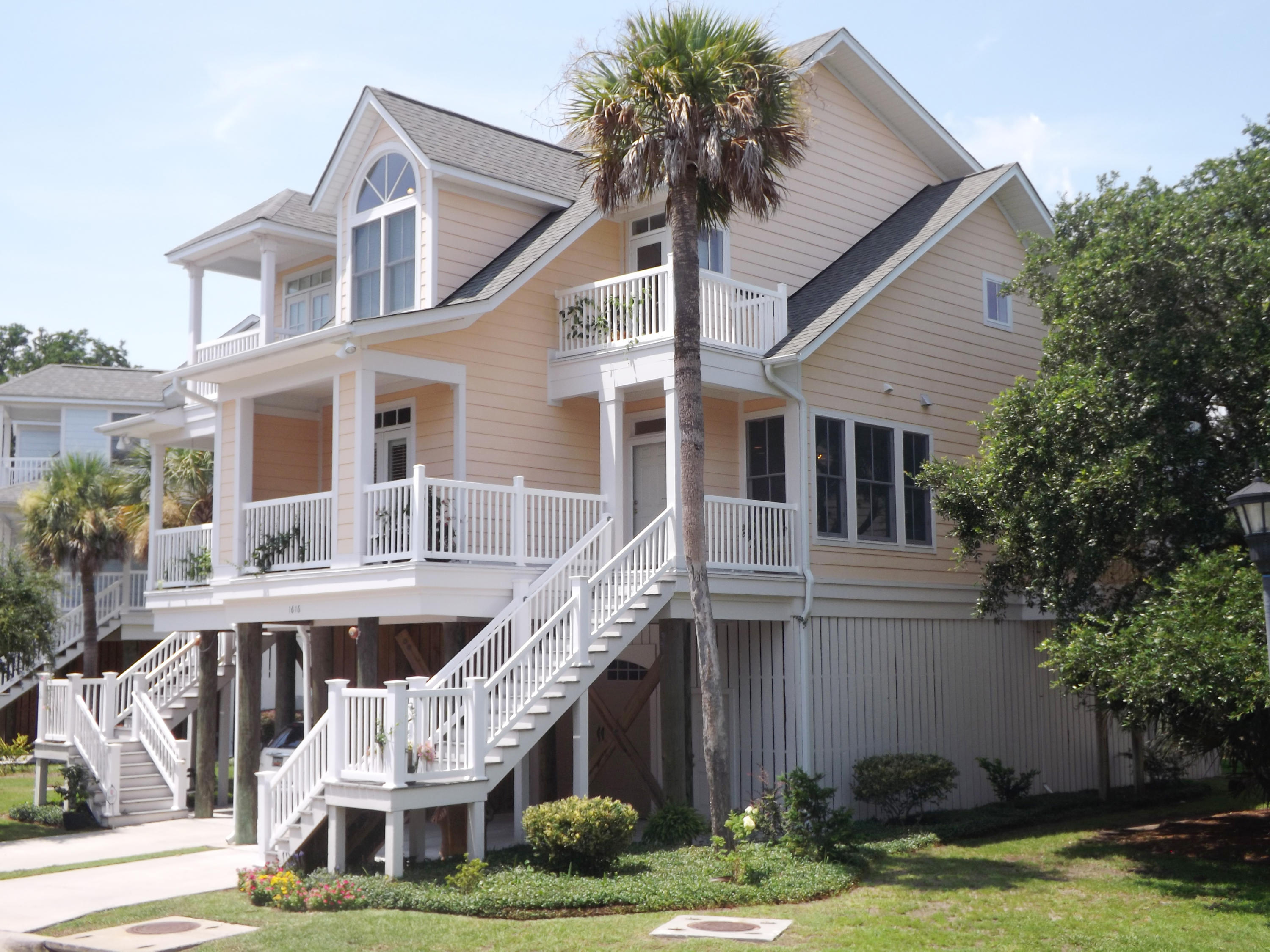 1616 Folly Creek Way Charleston, SC 29412