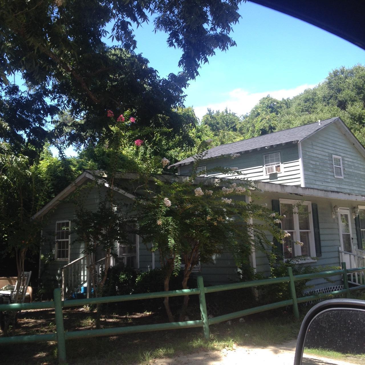 1643 Rifle Range Road Mount Pleasant, SC 29464