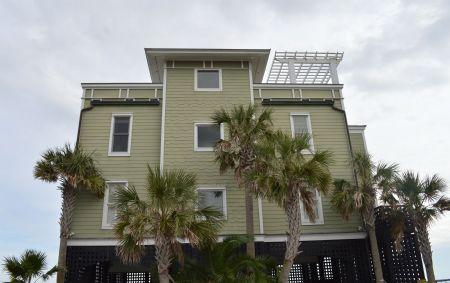 1699 E Ashley Avenue UNIT B Folly Beach, Sc 29439