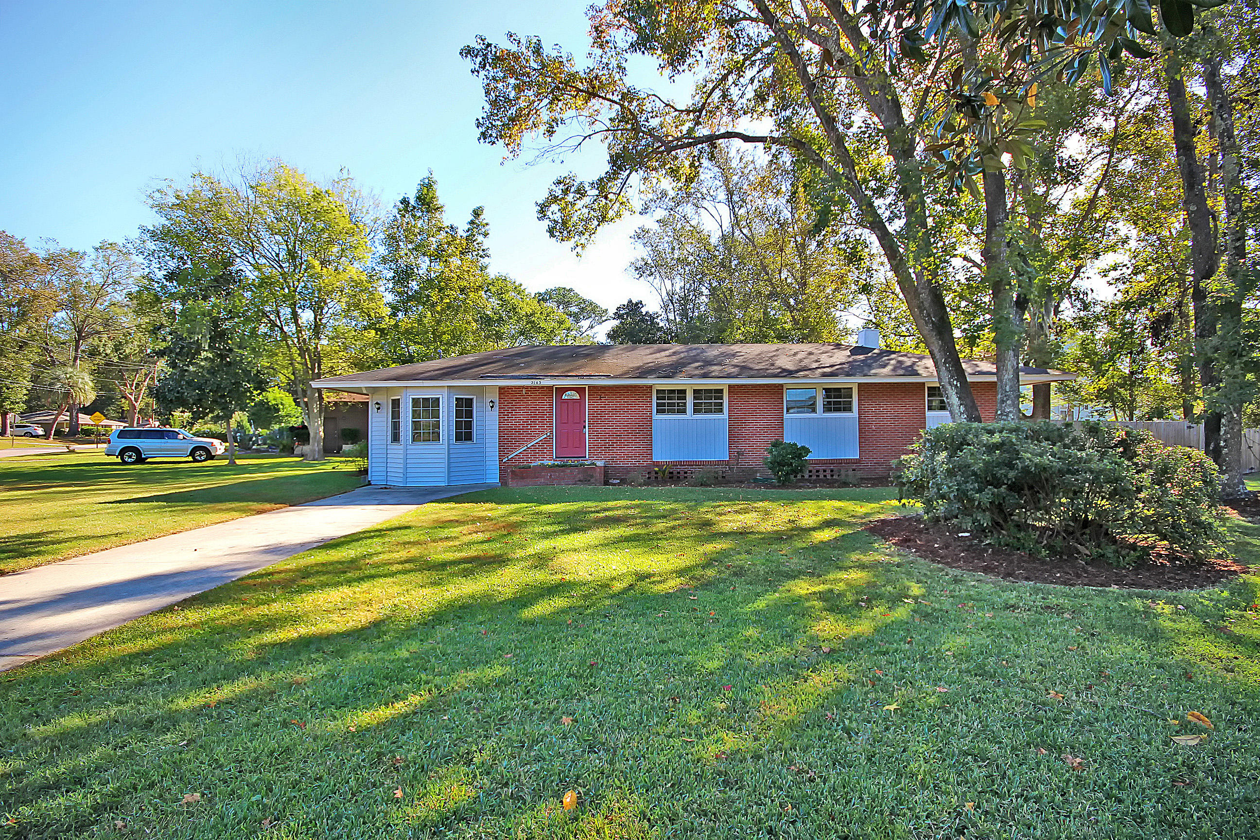 2143 Barbour Drive Charleston, Sc 29414