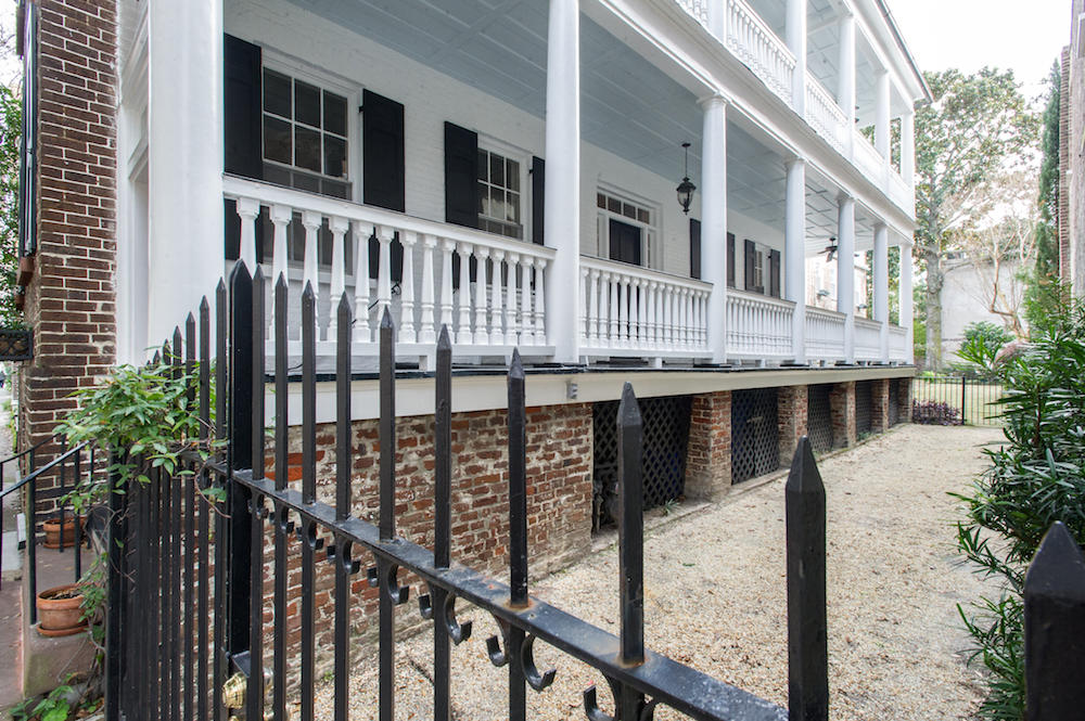 21 Wentworth Street Charleston, SC 29401