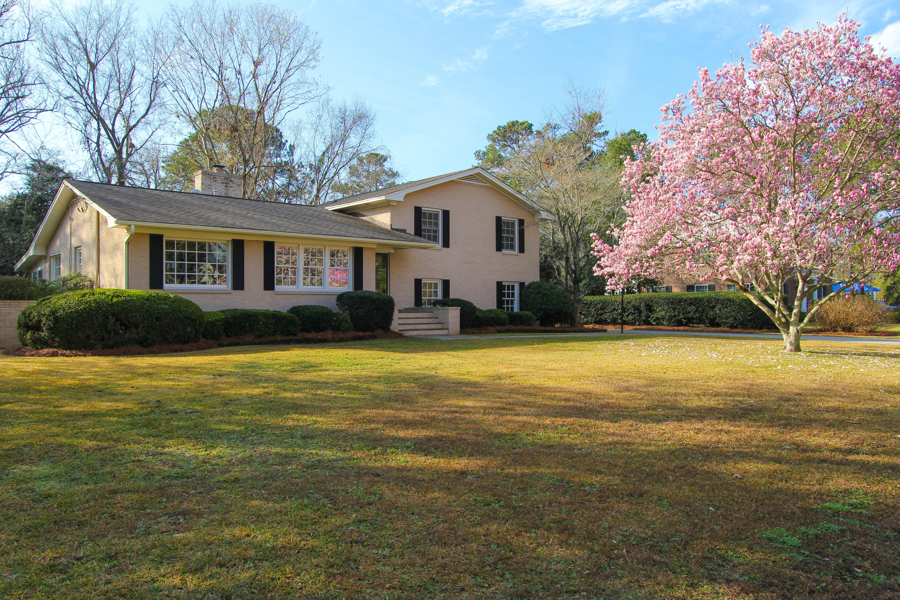 1547 Inverness Drive Charleston, SC 29412