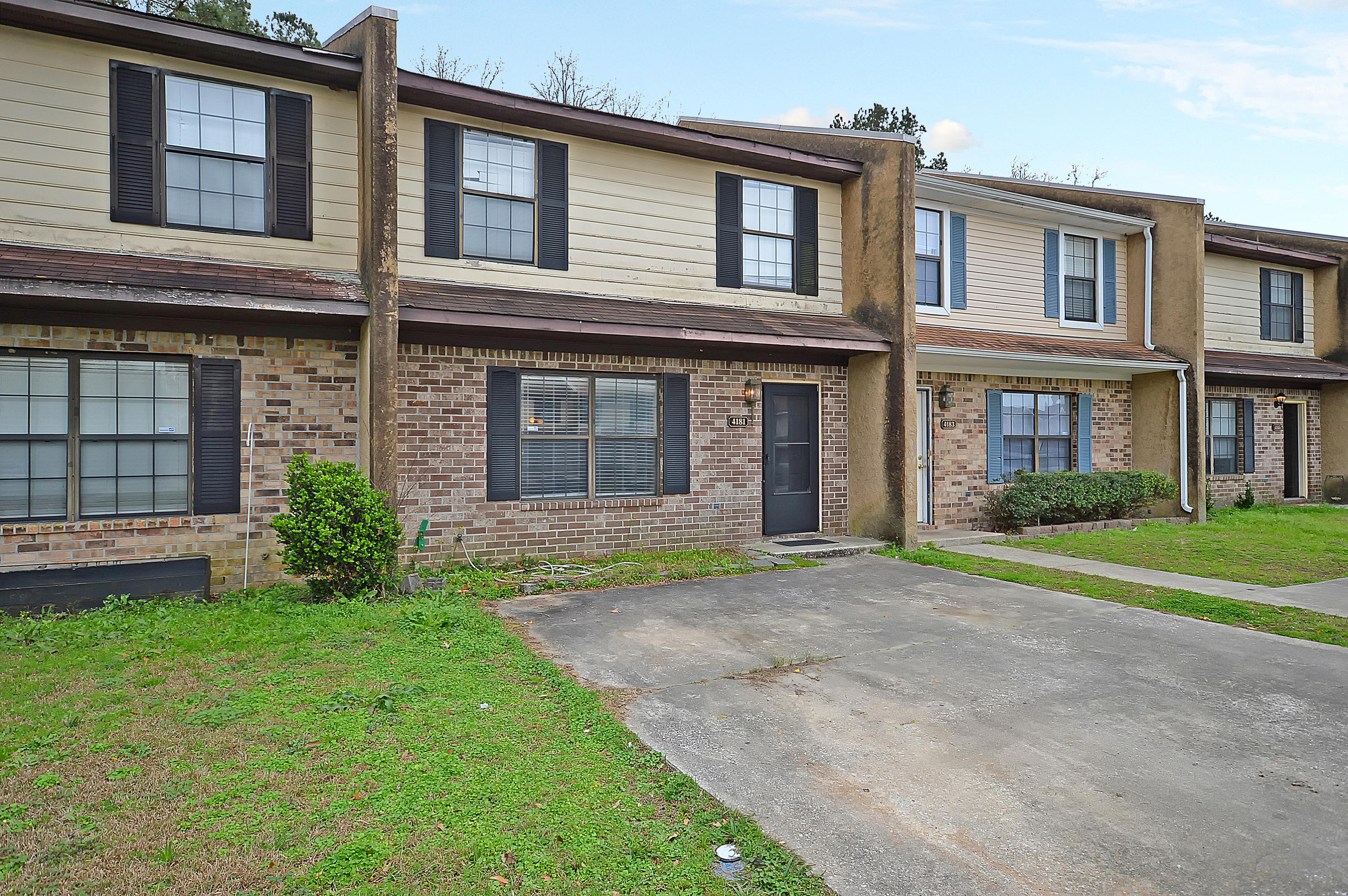 4181 Big Ben Court North Charleston, SC 29418