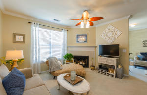 130 River Landing Dr, Charleston, SC 29492