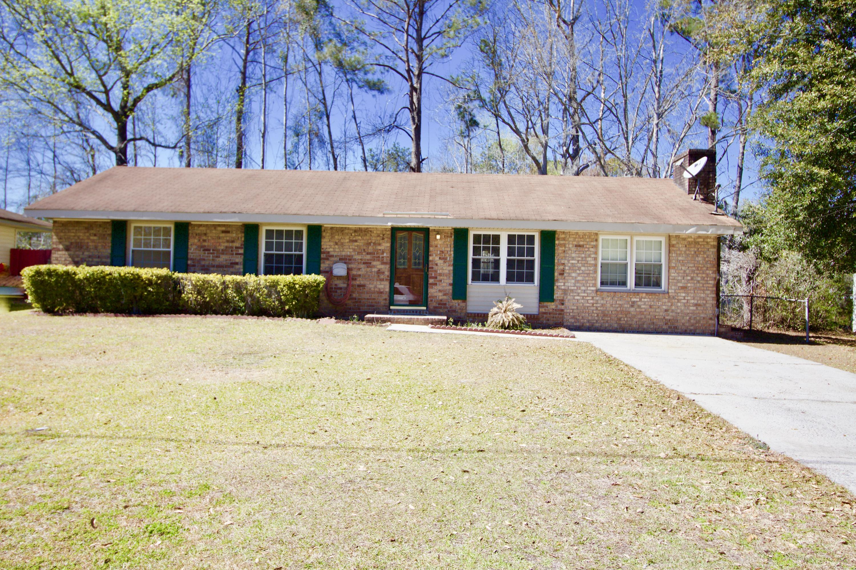 827 Hoss Road Charleston, SC 29414