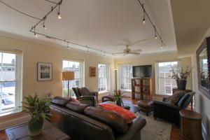 160 Bay Street, Charleston, SC 29401