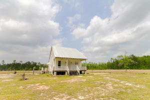 3034 French Santee Road, Jamestown, SC 29453