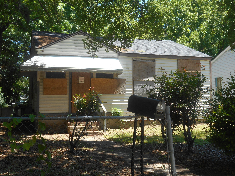 2627 Harvey Avenue North Charleston, SC 29405