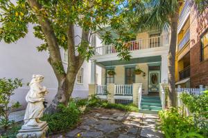 78 Society Street, Charleston, SC 29401