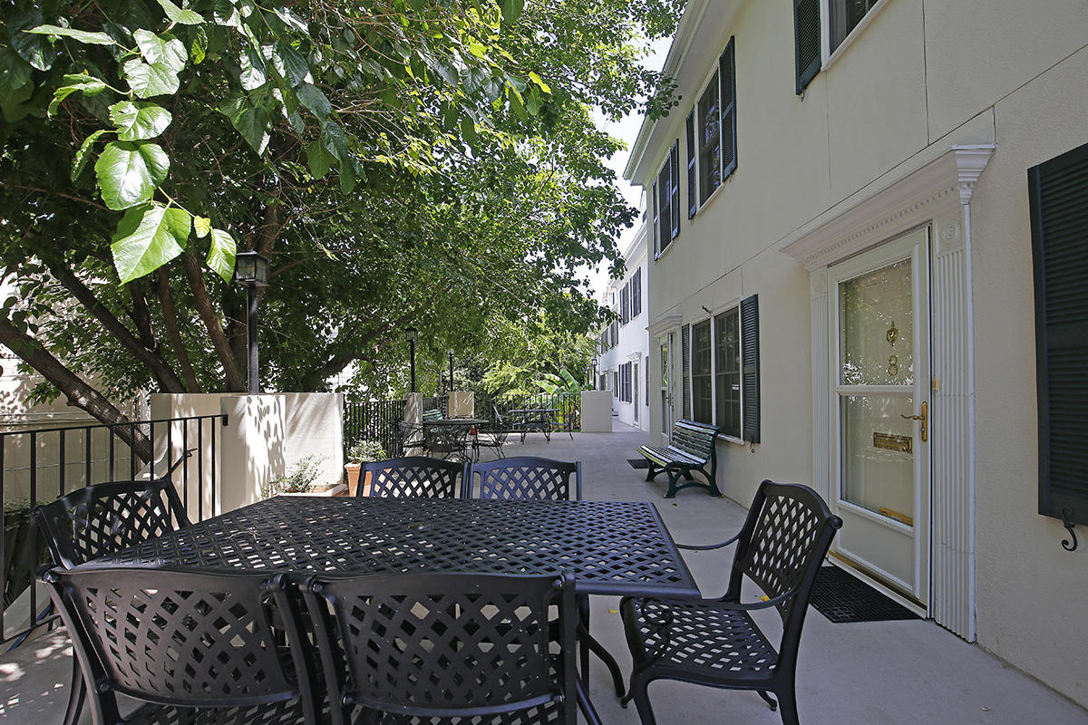 15 B-6 Horlbeck Alley Charleston, Sc 29401