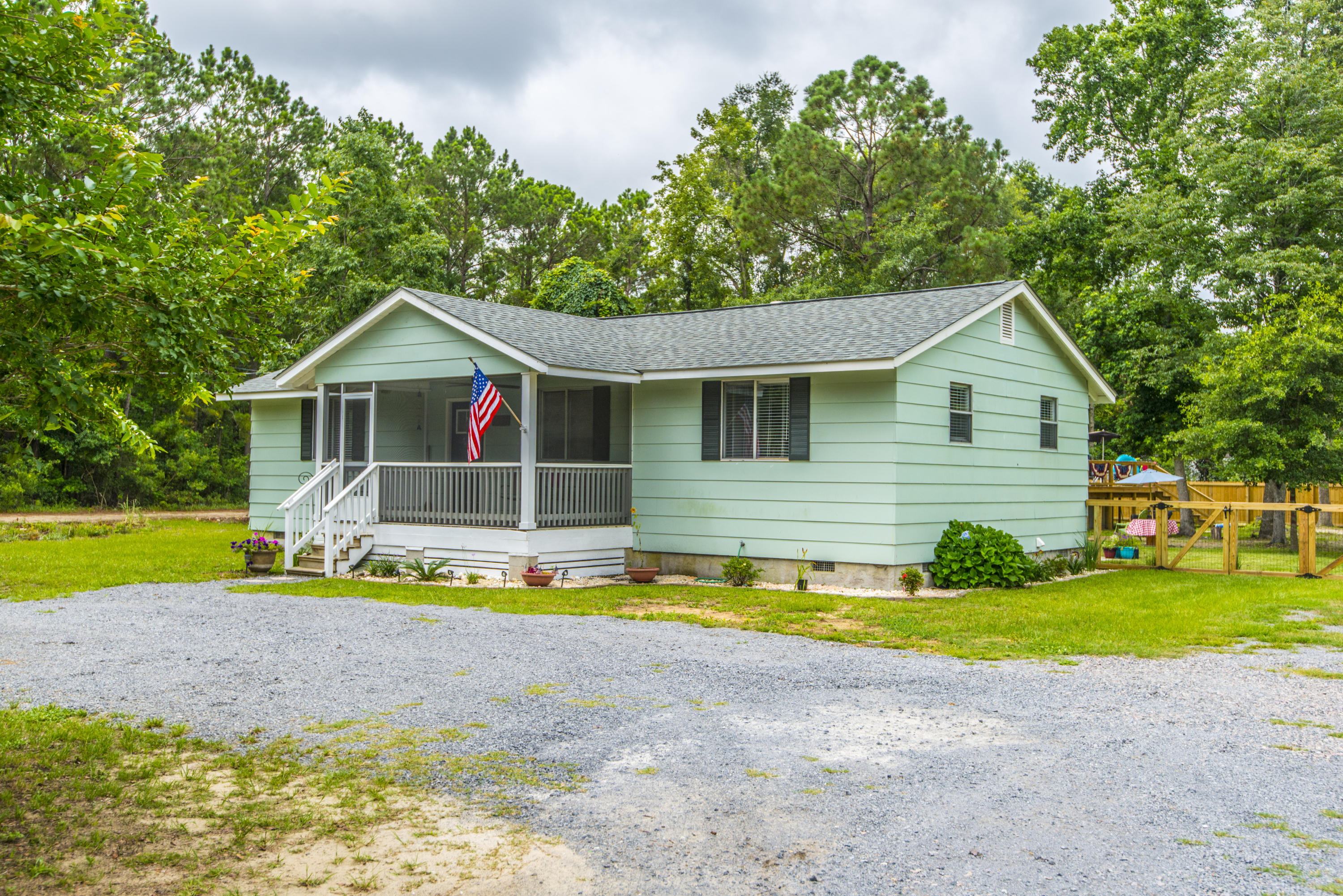 Beehive Plantation Homes For Sale - 1071 Bee Hive, Awendaw, SC - 1