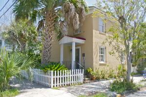 2 Smith Street, Charleston, SC 29401