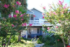 515 Carolina Boulevard, Isle of Palms, SC 29451