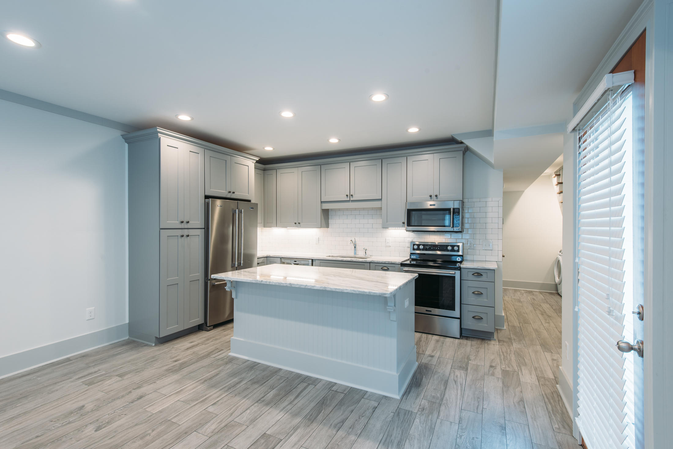 Homes For Sale - 321 Ashley, Charleston, SC - 10