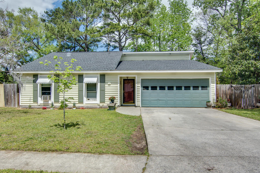 2108 Forest Lakes Boulevard Charleston, SC 29414