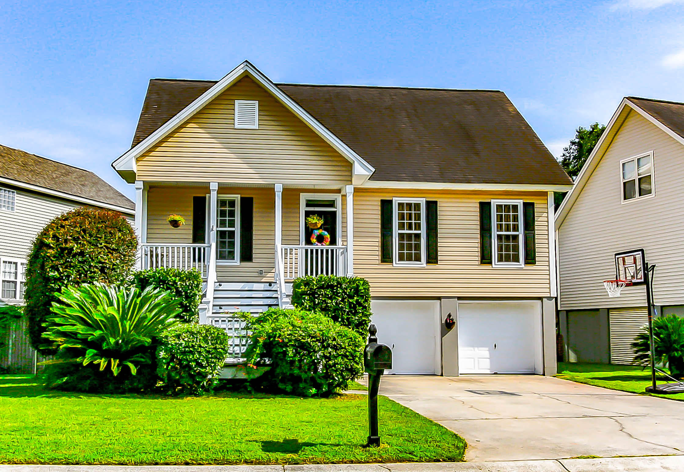 321 Clayton Drive Charleston, SC 29414